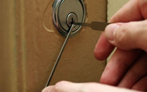Door locks Wallsend